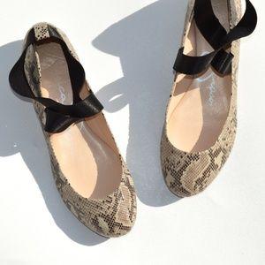 Jessica Simpsons Ankle Strap Ballet Flat Size 9.5M